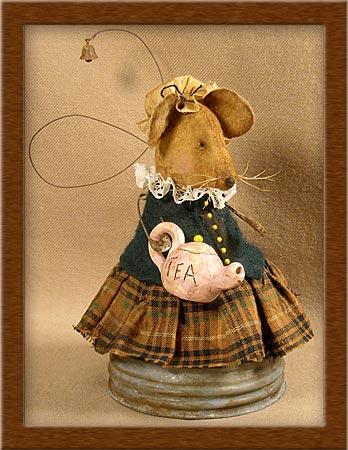 Mrs. Potts-mouse, Mrs. Potts, teapot, rusty jar lid, primitive, muslin