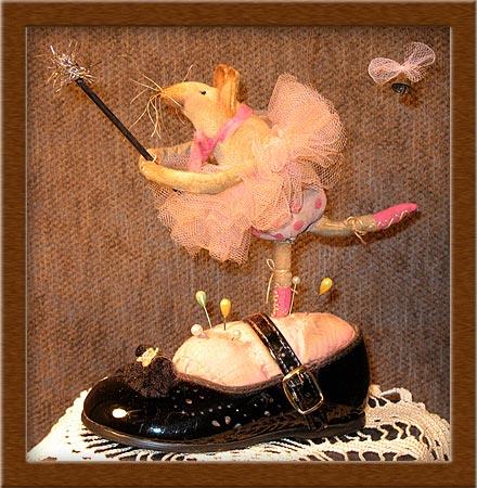 Penelope-mouse, ballerina, primitive, Penelope, shoe, muslin, dance