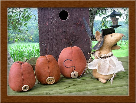 The Pumpkin Express-mouse, pumpkin, express, Halloween, wicket, Fall, witch,homespun, primitive
